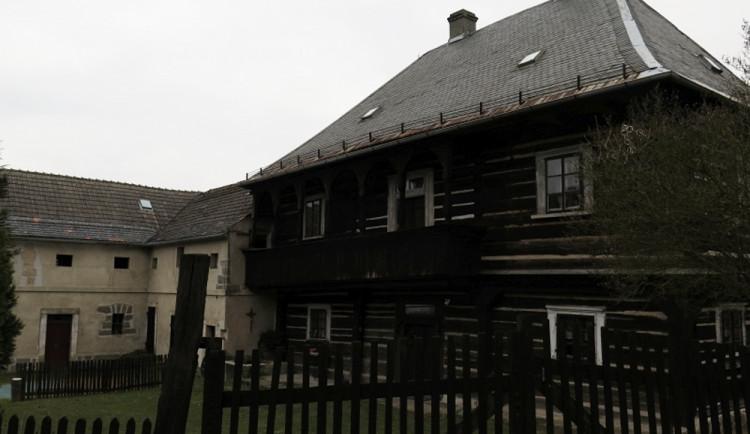 Areál bývalé fary v Bořejově se dočká obnovy