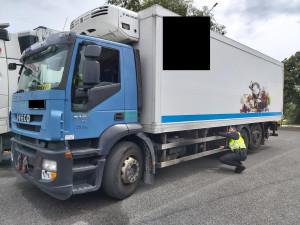 Policisté se zaměřili na kontrolu náklaďáků a autobusů. Objevili překračování rychlosti i vozidla byla ve špatném stavu
