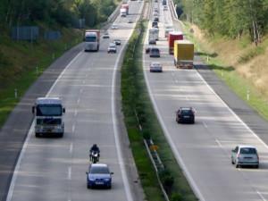 Dálnici D10 bude hlídat nové oddělení dálniční policie. Začne od září
