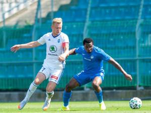Slovan v tropickém vedru remizoval v Boleslavi. V pondělí míří na soustředění do Rakouska
