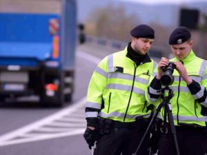 Policisté budou vidět. Poslední prázdninové dny bude více kontrol nejen na dálnicích