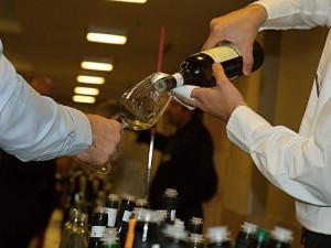 Další ročník vinařské soutěže Král vín je u konce. Championem je Vinařství Volařík