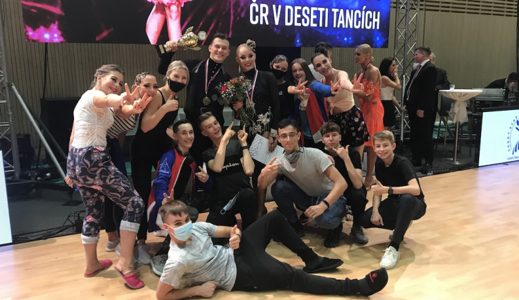 Vicemistry Česka v deseti tancích jsou Jiří Kejzar a Barbora Košková z Liberce