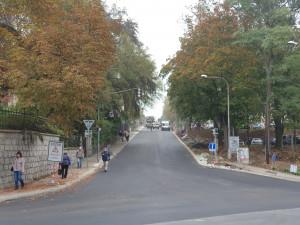 Klášterní ulice je po půl roce opět průjezdná. Vrátí se sem i městské autobusy