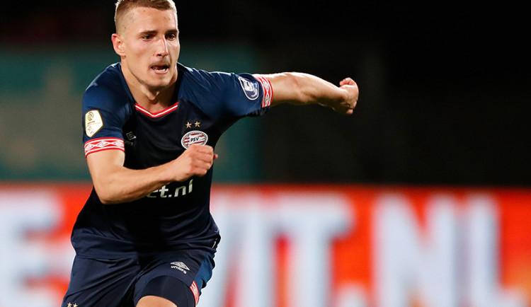 Výrazná posila pro Slovan. Z PSV přichází na roční hostování Michal Sadílek