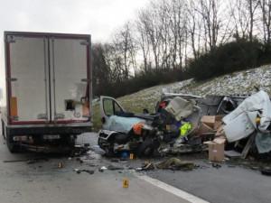 Na silnicích letos zemřelo už dvanáct lidí, 58 utrpělo těžká zranění