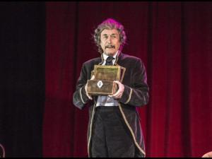 Po vážné nemoci zemřel dlouholetý herec libereckého divadla Ladislav Dušek