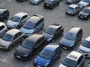 Parkoviště v ulici Fügnerova ve Frýdlantu bude do poloviny týdne uzavřené