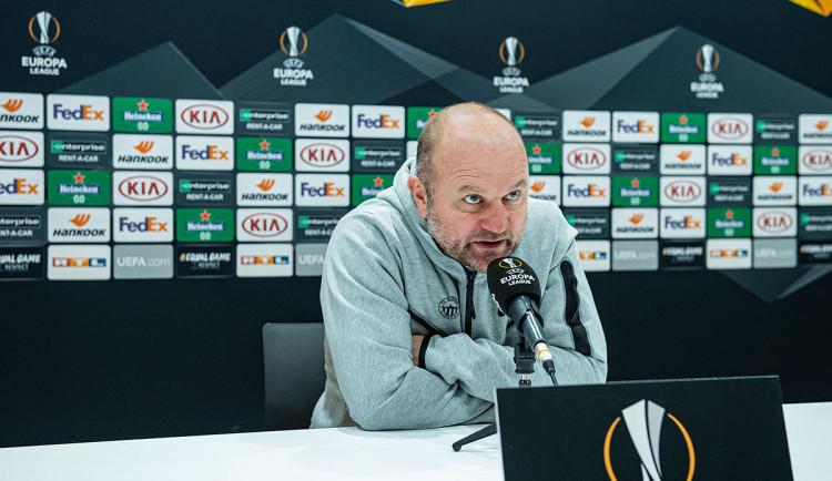 Slovan v derby kvůli úmrtí v rodině nepovede trenér Hoftych. Nahradí ho asistent Medýnský