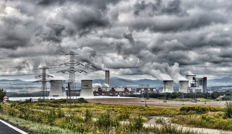 Těžba v Turówě poškozuje české životní prostředí. Kraj požaduje kompenzaci