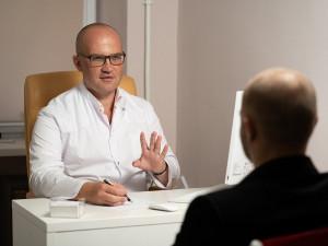 V době koronavirové pandemie v Česku vygradoval problém s nedostatkem psychoterapeutů
