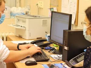 Liberecká nemocnice přišla kvůli covidu asi o 40 procent výkonů