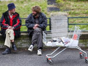 Covid dopadá i na život bezdomovců. V Jablonci přijdou o horké židle