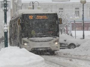 Kvůli sněhu je parkování v Jablonci zdarma