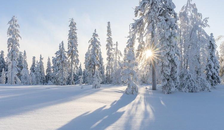 POČASÍ NA NEDĚLI: Mráz a sněžení. Teploty budou dosahovat až minus deset