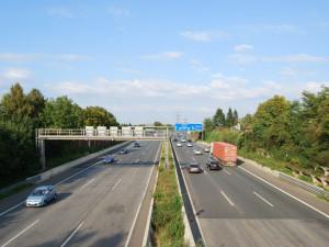 S prodejem elektronických dálničních známek mají motoristé problémy, ministerstvo dopravy spustí informační kampaň