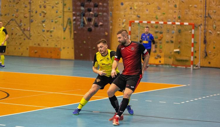Futsalisté ztratili výhru osm sekund před koncem. S Ústím remizovali 4:4