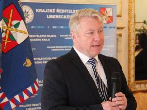 Účast na oslavě stála Vladislava Husáka křeslo. Policejní prezident ho odvolá z funkce ředitele liberecké policie