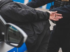 Trojice cizinců pracovala v Česku nelegálně. Musí opustit Schengenský prostor