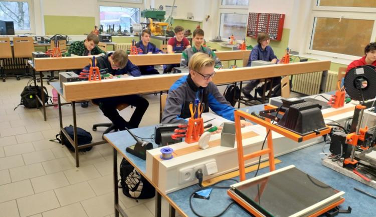 Liberecká průmyslovka rozšiřuje IT obory. Nabízí kvalitní výuku i nejmodernější zázemí