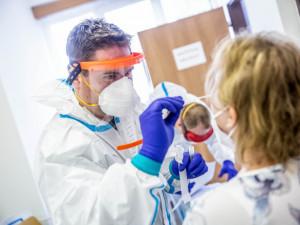 V Libereckém kraji je aktivních případů covid nejvíc za epidemii