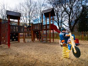 Na Kopečku vyroste nový park s dětským hřištěm a desítkami stromů