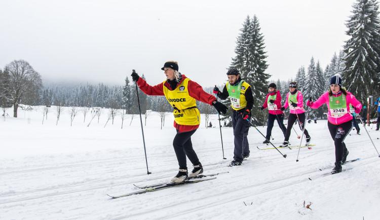 Třetina startovného na Virtuální ČEZ SkiTour vybaví díky Hervisu na zimu nevidomé účastníky