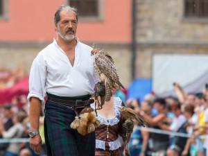 Život zasvětil dravcům. Milan Straka odchoval prvního orla a do zoo ho na saních tahali bulíci