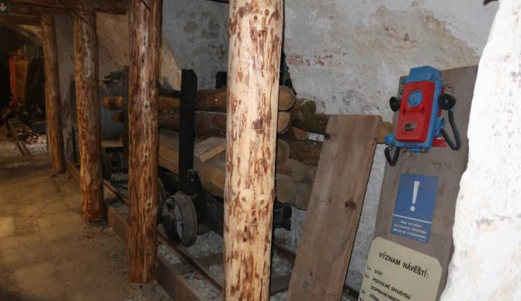 Do uranového dolu. V muzeu vzniká expozice věnovaná těžbě této horniny v Libereckém kraji