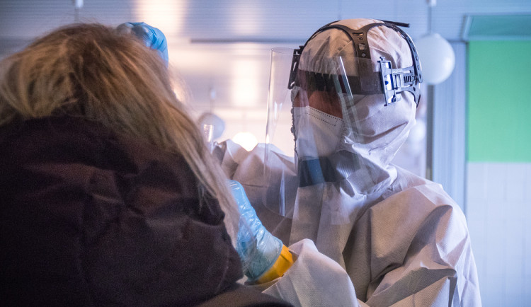 Liberecká klinika dnes otevře nové odběrové místo v Klášterní