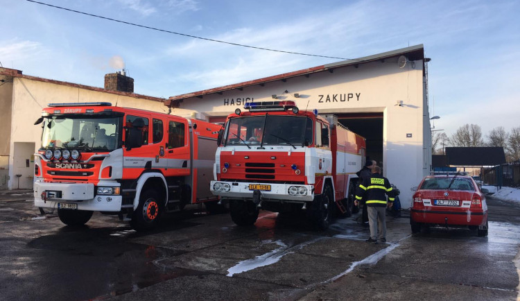 Místo garáží vyroste v Zákupech moderní hasičská zbrojnice