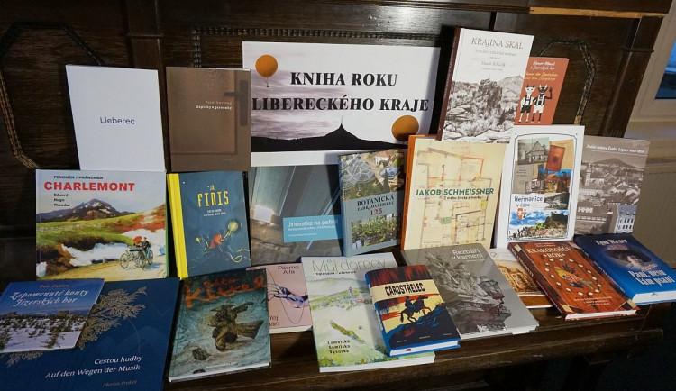 Poslední možnost hlasovat o Knihu roku Libereckého kraje. Vybírá se z třiceti titulů