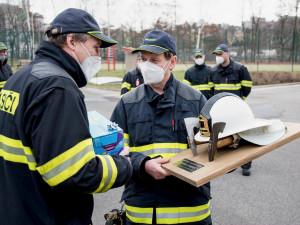 Za sebou má stovky zásahů. Po téměř 40 letech odchází od libereckých hasičů Lumír Jíra