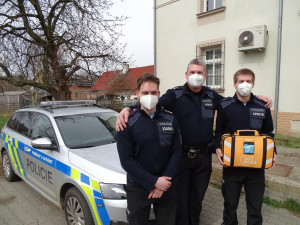 Nedaleko nádrže v Mníšku zkolaboval muž, zachránit ho pomohli policisté