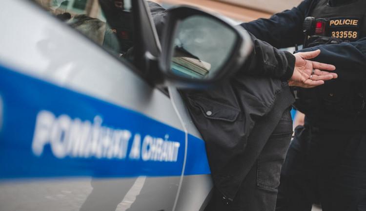 Doživotí za vraždy v Turnově a Rovensku. Muž zavraždil dvě ženy