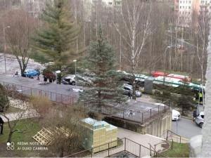 Nehoda na Dobiášovce. Autobus MHD tam naboural několik aut