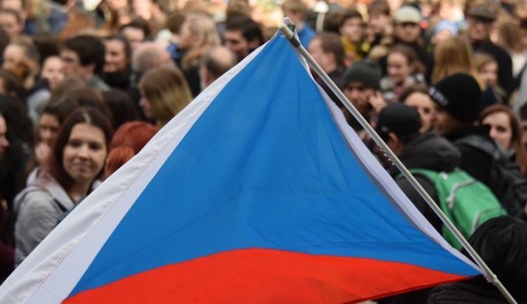 Demonstrace za semilského ředitele se zúčastnily stovky lidí