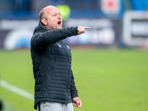 Kluci vědí, že nám něco chybí, říká po další porážce trenér Slovanu Hoftych