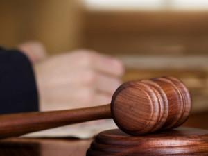 Čtyřem násilníkům uložil soud podmínku. Tři byli původně obžalování z pokusu o vraždu