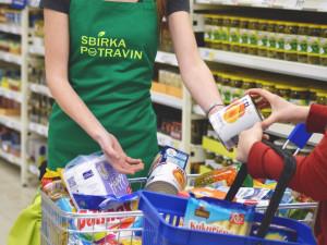Do potravinové sbírky mohli lidé v Libereckém kraji přispět na osmnácti místech
