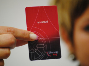 Firma Witbystar dluží kraji 3,3 milionu korun. Cestující o své peníze nepřijdou