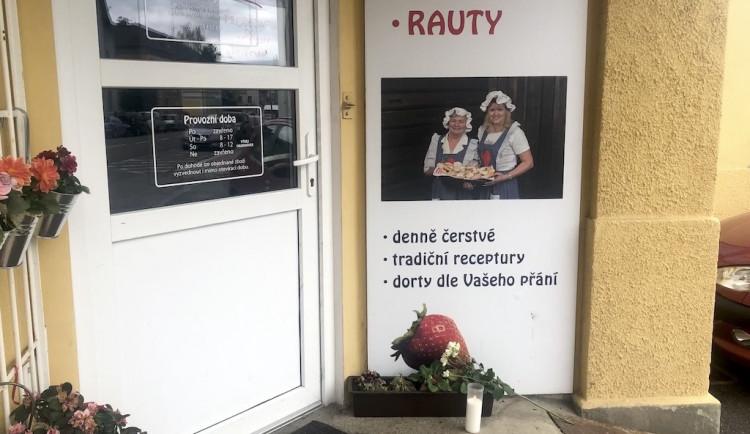 Střelba v Rudolfově byla rodinnou tragédií. O život přišla majitelka známého pekařství