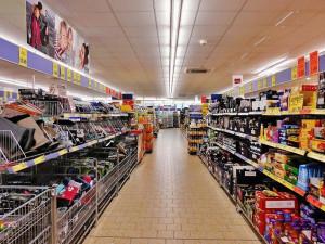 Bývalou prodejnu nábytku ve Vraťáku by měl nahradit supermarket. Otevřít by mohl ještě letos
