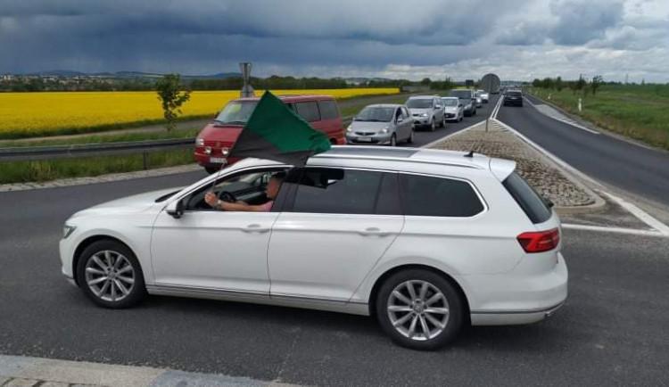 Poláci kvůli Turówu zablokovali přechod v Hrádku. Česko s Polskem o pokračování těžby jedná
