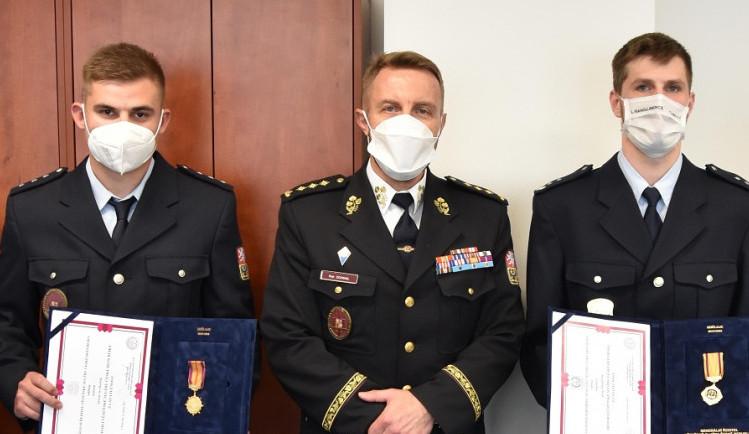 David Ota z rýnovické věznice zachránil život kolegovi, dostal medaili za statečnost