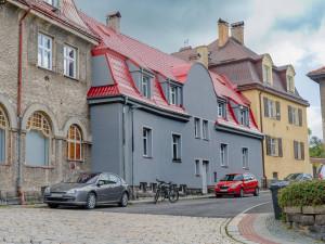 Necitlivá rekonstrukce v Liebiegově městečku. Novou fasádu kritizuje město i veřejnost