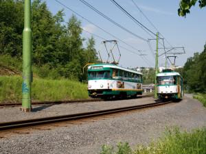 Rekonstrukce tramvajové trati pokračuje. Na autobusák se prodlužovat nebude
