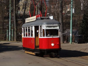 """Historické tramvaje se na trase """"jedenáctky"""" projedou naposledy, rekonstrukce jejich provoz ukončí"""