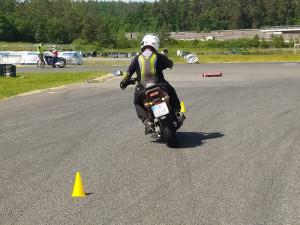 Na polygonu v Sosnové trénují učitelé autoškoly