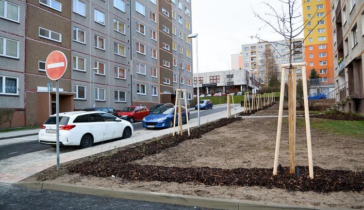 POLITICKÁ KORIDA: Jak řešit parkování na libereckých sídlištích?